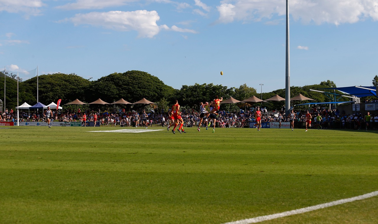 A general view during the 2015 NAB Challenge Week 1 match between the Gold Coast Suns and the Geelong Cats at Tony Ireland Stadium, Townsville on March 01, 2015. (Photo: Sean Garnsworthy/AFL Media)